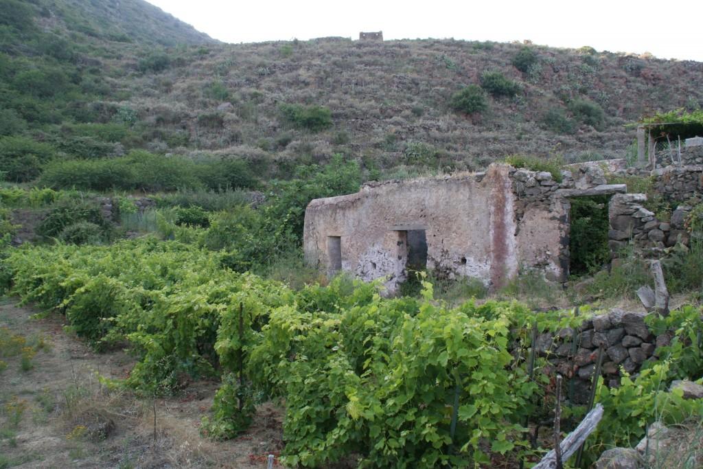 Alicudi, località Montagna